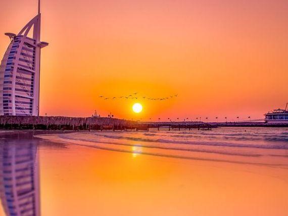 Emiratele Arabe Unite lansează o viză turistică pe cinci ani și vrea să devină bdquo;principala destinaţie turistică la nivel global