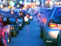 Pericolul mașinilor fără șofer. Introducerea lor în circulație va crește traficul în marile orașe cu până la 150% și emisiile de CO2 cu 40%