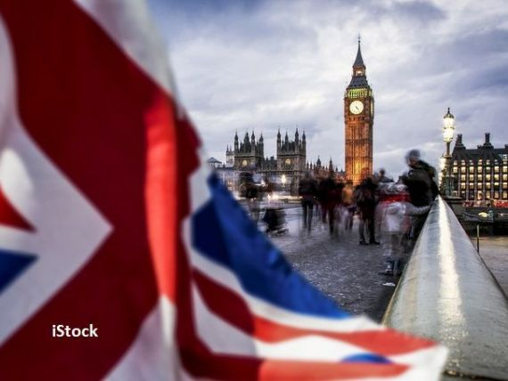 Cine sunt străinii care se vor putea angaja fără restricții în Marea Britanie, după Brexit. Când intră în vigoare noul sistem de imigrație