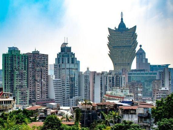 Coronavirusul îngroapă economia Chinei. Strălucitorul Macao a devenit un oraș fantomă, Toyota și-a închis fabricile, Apple și Facebook și-au redus programul de lucru