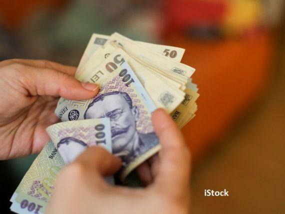 Salariul mediu net a crescut cu peste 160 de lei, în decembrie, până la 3.340 lei. În ce domeniu se câștigă 7.689 lei