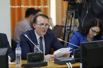 Ministrul propus al Finanțelor a primit aviz negativ în comisii. Cîțu  s-a lăudat  cu  uciderea OUG 114  şi cu eliminarea accizei la carburanți