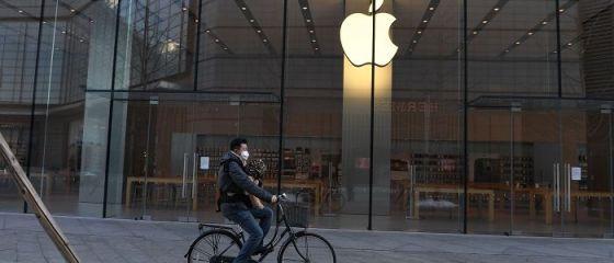 După China, Apple închide toate magazinele din Italia