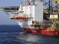 Preţurile petrolului au scăzut sub pragul psihologic de 30 de dolari pe baril, pentru prima dată în 4 ani