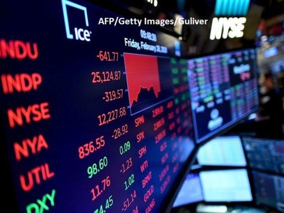 PwC: Pandemia a șters aproape 4 trilioane de dolari din capitalizarea celor mai mari 100 de companii listate la bursă. Energia şi sectorul financiar, cele mai mari scăderi