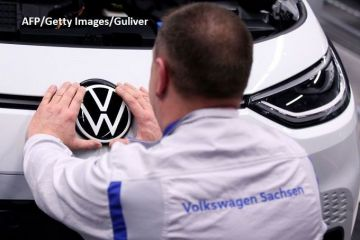 Adio mașini diesel și pe benzină! Volkswagen urgentează producția unui automobil electric de masă, la un preț cuprins între 20.000 și 25.000 euro