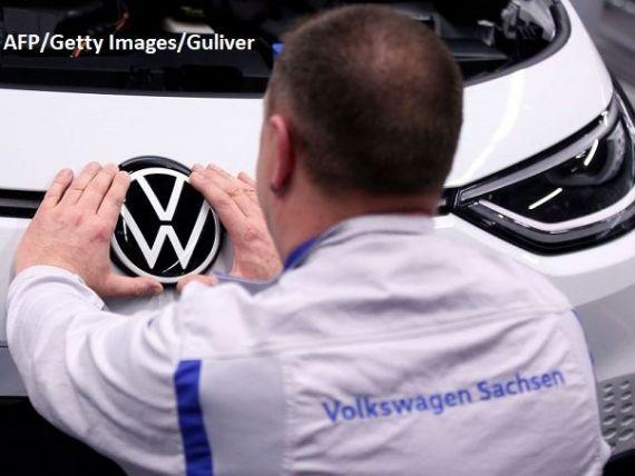 După Renault, alt gigant auto european caută soluții pentru a compensa impactul pandemiei. Cum vrea Volkswagen să reducă costurile
