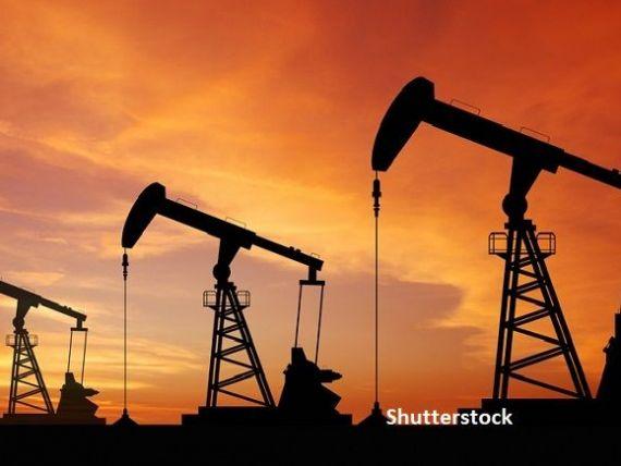 Acord între cei mai mari producători de petrol din lume. Arabia Saudită și Rusia s-au înțeles să reducă producția, pentru a forța creșterea prețurilor