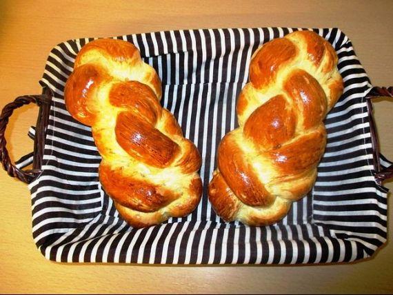 Pe timp de pandemie, românii își cumpără maşini de preparat pâine şi purificatoare de aer. Vânzări în creștere cu până la 70%, în ultima lună