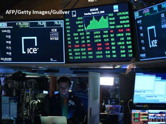 Bursa de pe Wall Street a închis marţi în creştere, după ce administrația Trump a anunțat un plan de un trilion de dolari, pentru susținerea economiei
