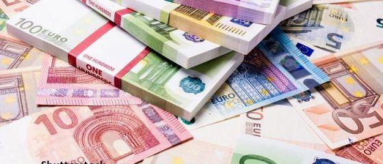 Deficitul comercial al României se apropie de de 4,5 mld. euro la trei luni, în creștere cu 732,4 mil. euro față de anul trecut