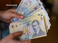 O familie din România câștigă, în medie, puțin peste 1.000 euro/lună și cheltuie aproape tot. Care sunt sursele de venit ale românilor