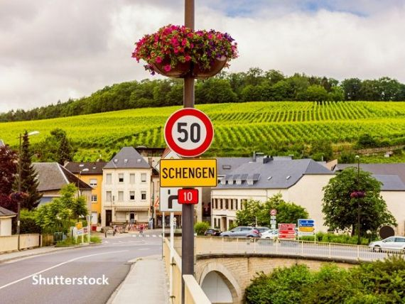 UE marchează 25 de ani de la crearea spaţiului de liberă circulație Schengen cu frontierele închise:  COVID-19 are un impact distructiv major asupra mobilităţii europene
