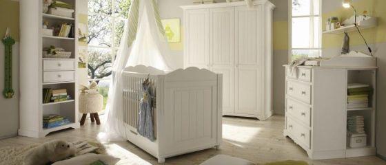 Cum mobilăm camera bebelușului? Ce piese de mobilier nu trebuie să lipsească din spațiul nou-născutului