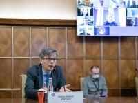 """Virgil Popescu: """"Economia are o contracţie de 30-40%. După Paşte ajungem la vârful epidemiei, după care am putea vorbi de o pantă descendentă a acestei crize"""""""