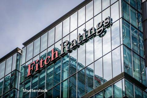"""Fitch a confirmat ratingul României la """"BBB minus"""", cu perspectivă negativă. Agenția se așteaptă ca deficitul să atingă un maxim istoric de 9,5%, în 2020"""