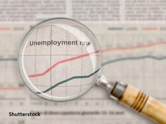 Criza generată de pandemie a șters peste 400.000 de locuri de muncă din economia României. Care au fost cele mai lovite industrii