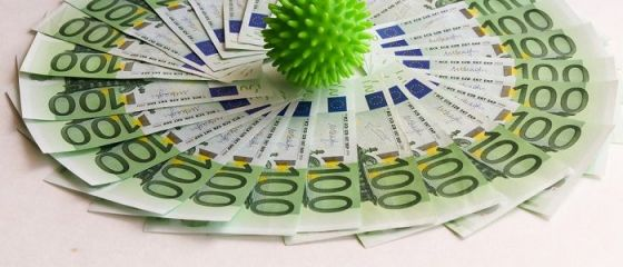 FMI avertizează că revenirea zonei euro ar putea încetini, pe măsură ce pandemia se răspândește pe continent şi cere guvernelor noi stimulente fiscale