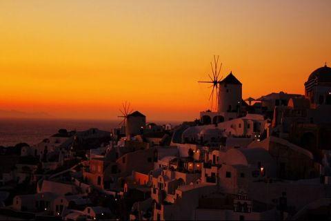 Cu o economie abia refăcută după criza financiară din 2008, Grecia se prăbușește din nou. FMI: Va fi a doua cea mai afectată țară din lume din cauza scăderii turismului