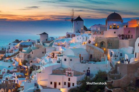 Altădată supraaglomerată, acum pustie. Cum se schimbă turismul în Santorini, cea mai populară destinație pentru străini din Grecia