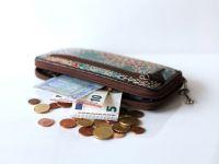 Spania introduce venitul minim garantat, pentru a eradica sărăcia. Cine va primi cel puțin 550 euro pe lună