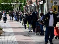 """Noii vulnerabili ai crizei pandemice. Tot mai mulți muncitori şi liber profesionişti din Europa devin clienții băncilor de alimente. """"Oamenii spun că le e ruşine"""""""
