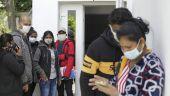 Mai multe companii din România vor să angajeze muncitorii srilankezi, concediați și aduși de la Botoșani la Aerportul Otopeni