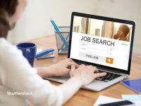 Căutările pentru locuri de muncă au crescut cu 35%, în iunie. Cei mai mulți candidați vor să lucreze în retail, prestări servicii, telecom, dar și turism și HoReCa