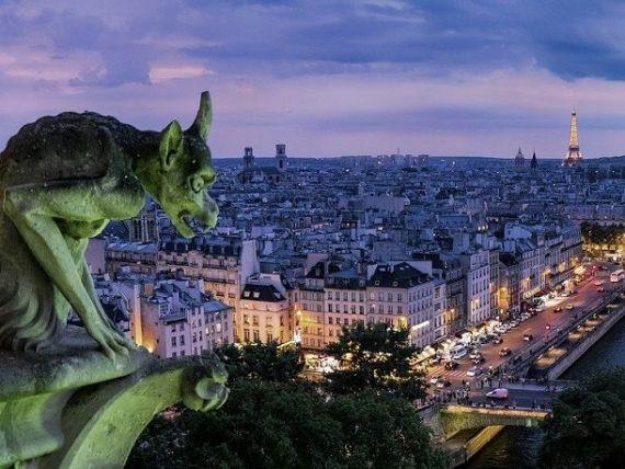 Franța revizuiește pentru a treia oară, în jos, proiecțiile pentru acest an. A doua economie a UE se îndreaptă spre un deficit record și o contracţie de 11% a economiei