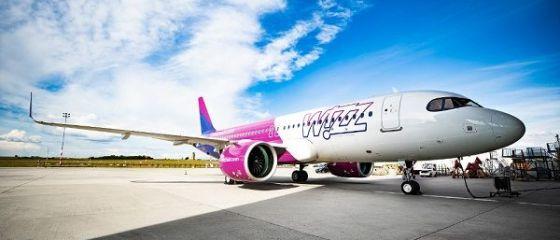 Wizz Air deschide o nouă bază operaţională în România, aduce două aeronave Airbus A320 și lansează 12 rute noi. Cât costă biletele