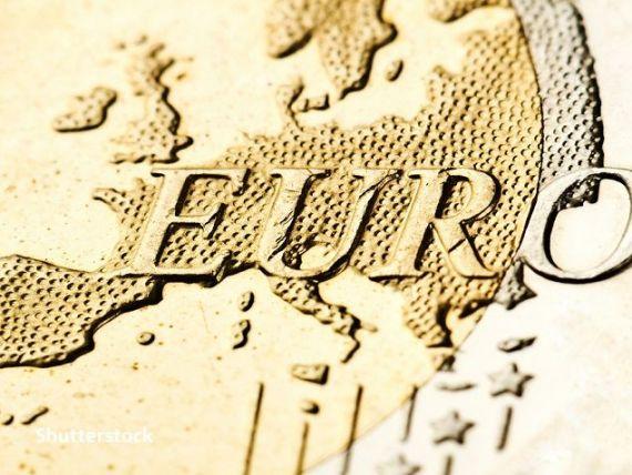 CE: România nu îndeplineşte niciunul dintre cele patru criterii economice necesare pentru adoptarea monedei euro. Croația îndeplinește trei, Bulgaria, două