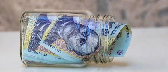 Ministrul Finanțelor anunţă că pensiile pot creşte cu 10%:  Majorarea cu 40% ar fi fost o bombă pentru stabilitatea economică