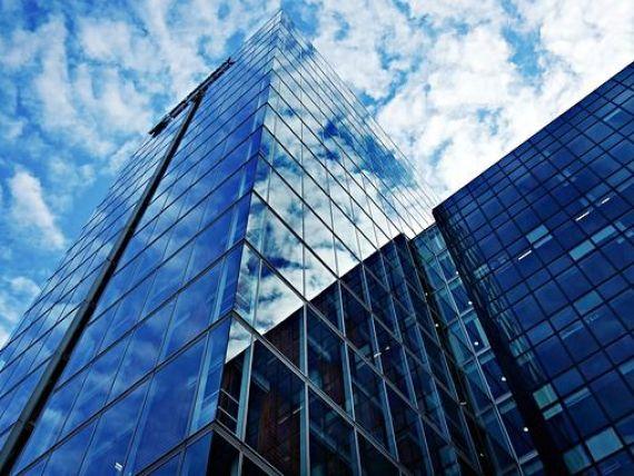 Piaţa investiţiilor imobiliare va încheia anul cu un volum de 900 mil. euro, în creştere cu 40% faţă de 2019. Colliers:  Anul 2020 nu a fost deloc atât de rău pe cât părea în primăvară