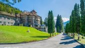 Studiul de fezabilitate care a trasat autostrada Comarnic-Braşov prin curtea Castelului Cantacuzino şi pe la etajul 7 al unor imobile:  S-au dat autorizaţii de construcție care nu trebuiau date