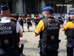 DW: Polițiștii europeni poartă uniforme croite în România, pe salarii ca în Bangladesh. Abuzuri și condiții inumane