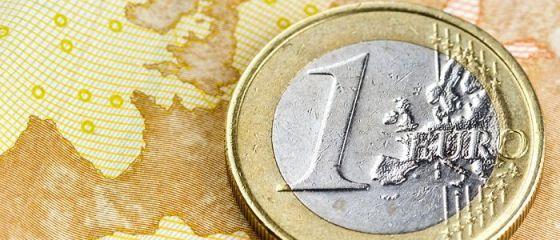 Cum va evolua euro, după alegerile din SUA. Noile restricții din Europa și evoluţia slabă a PIB-ului zonei euro trag în jos moneda unică