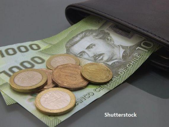 Țara care permite oamenilor să-și retragă banii din fondurile de pensii, pentru a susține economia afectată de criza COVID-19