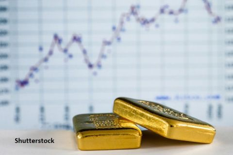 Aurul, mai strălucitor ca niciodată. Prețul metalului galben atinge o nouă valoare istorică și depășește pragul psihologic de 2.000 de dolari. Record absolut și în România