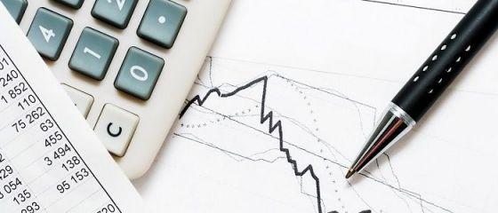 Investițiile și construcțiile au atenuat căderea economică a României. CE: Contracţia va fi de 5,2%, mai puţin severă decât s-a estimat iniţial. Deficitul ajunge la 10,3%