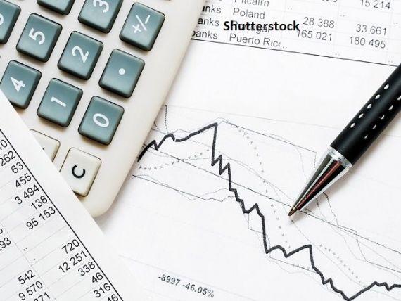 Banca Mondială a revizuit în jos previziunea de creștere a economiei românești, în acest an. Avansul PIB-ului va fi de 3,5%, față de 4,9%, prognozat în octombrie anul trecut