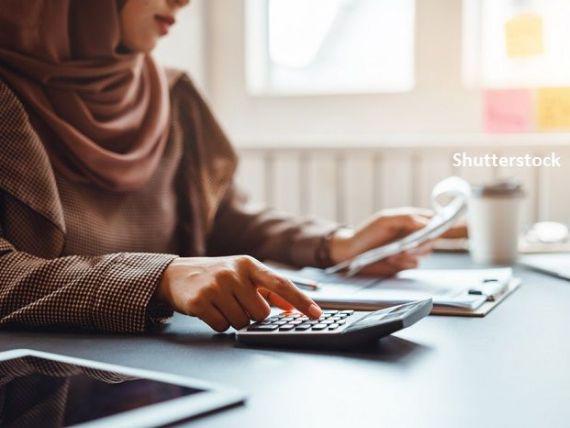 Țara care a permis accesul femeilor pe piața muncii abia în 2016 anunță numirea a zece femei în funcții de conducere