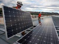 """Firmele vor putea obţine până la 100.000 de euro finanţare de la stat, pentru achiziția de echipamente pentru energie """"verde"""""""