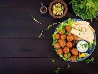 (P) 7 aperitive vegane cu arome arăbești