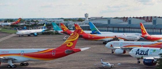 IATA: Companiile aeriene globale înregistrează zilnic pierderi de 418 milioane de dolari