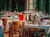 Patronii din HoReCa cer ministrului Muncii reactivarea şomajului tehnic şi a altor măsuri de protecție, după reînchiderea restaurantelor