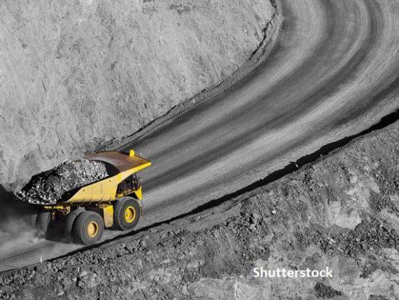 FT: Poziţia dominantă a Chinei pe piaţa metalelor industriale îngrijorează UE. Supra-dependenţa Europei de importurile de materii prime ameninţă industrii vitale