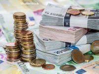 Sondaj BNR: Bancherii se așteaptă la o scădere a cererii pentru credite imobiliare în trimestrul al treilea și la o creștere pe creditele de consum