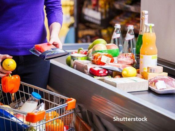 Prețurile alimentelor au continuat să crească în octombrie, pentru a cincea lună consecutiv. Cerealele și zahărul s-au scumpit cel mai mult