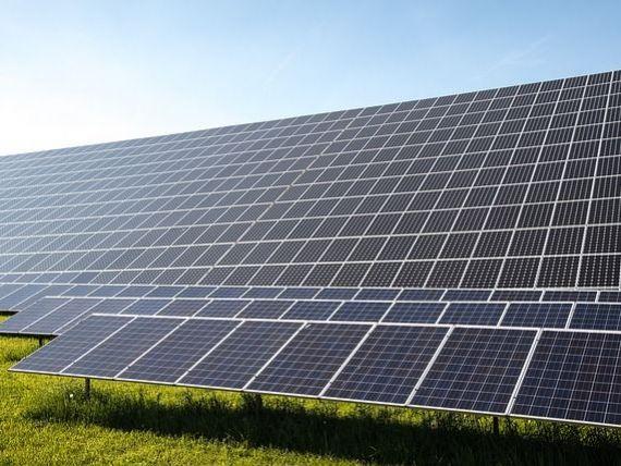 Enel Green Power a pus în funcţiune cea mai mare centrală solară din SUA, cu o capacitate totală de 497 MW