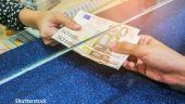 Clienţii băncilor au obţinut beneficii de 3,5 milioane de euro în urma negocierilor intermediate de CSALB